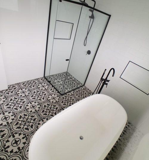 Bathroom-2-768x1024